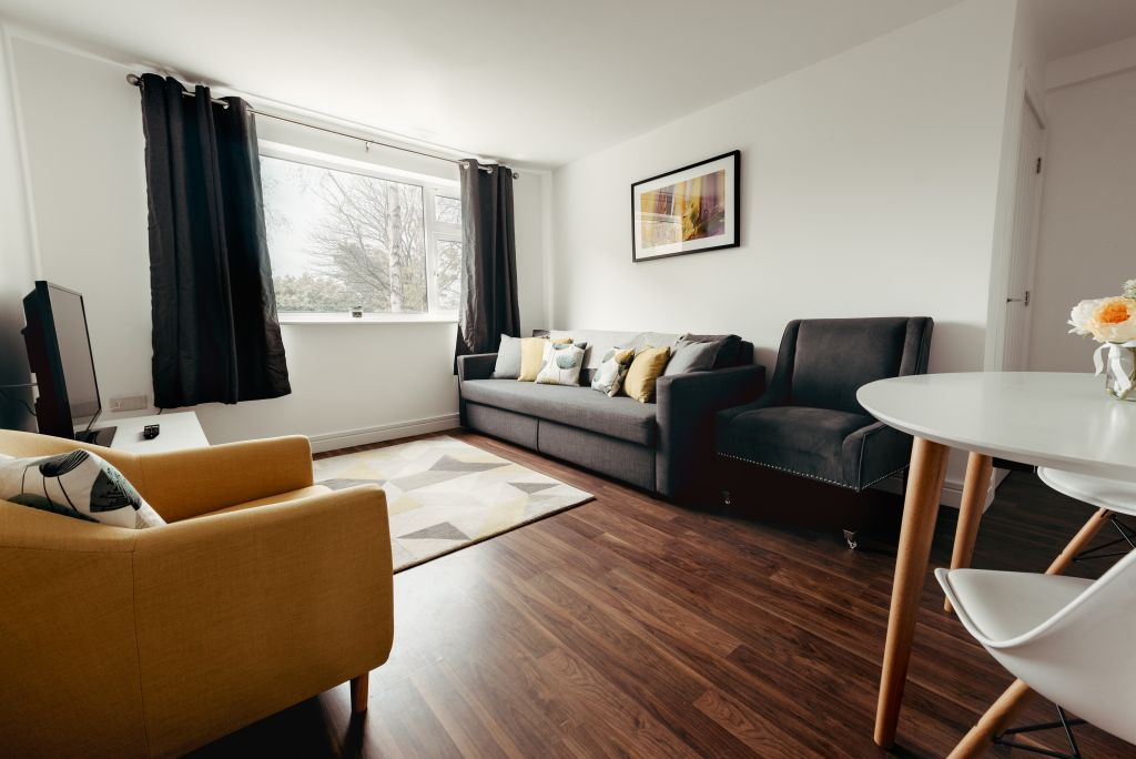image 2 furnished 2 bedroom Apartment for rent in Hinckley and Bosworth, Leicestershire