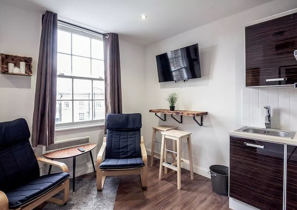 image 6 furnished 1 bedroom Apartment for rent in Camden Town, Camden