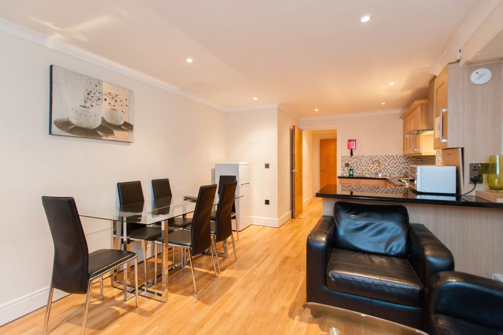 image 1 furnished 2 bedroom Apartment for rent in Newington, Southwark