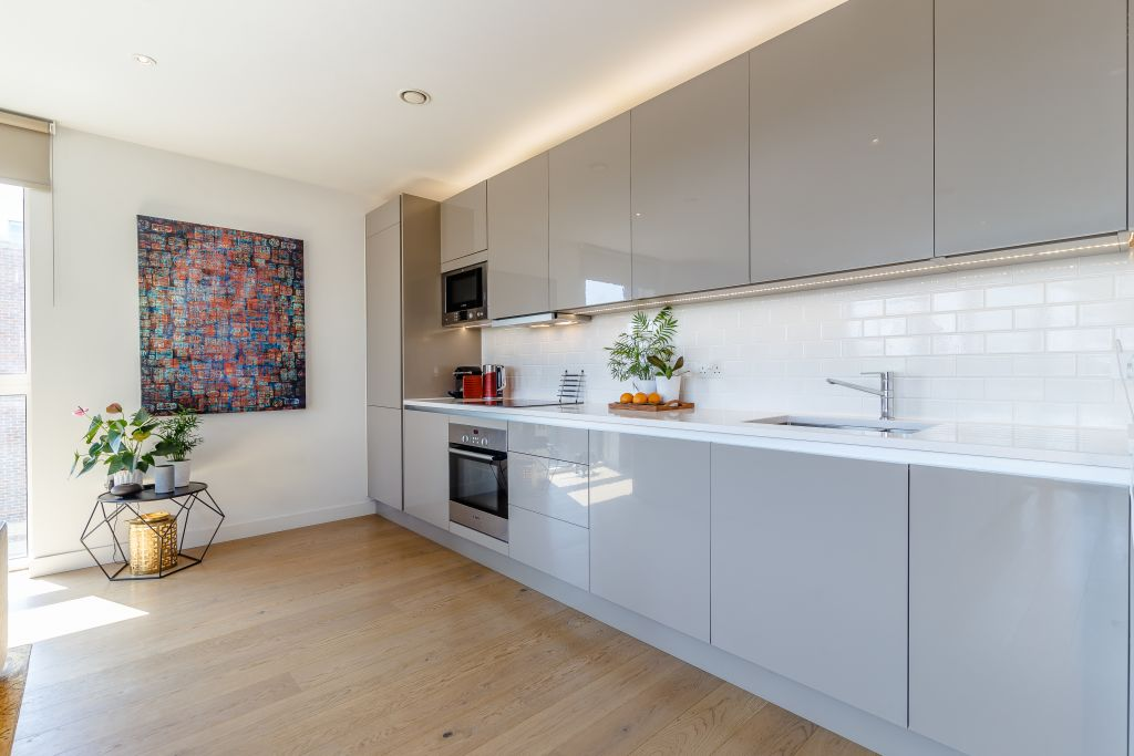 image 10 furnished 2 bedroom Apartment for rent in Walworth, Southwark