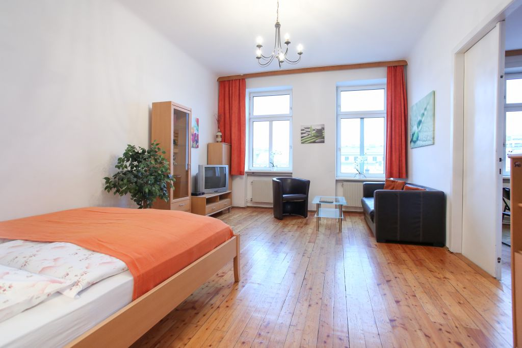 image 10 furnished 3 bedroom Apartment for rent in Wahring, Vienna
