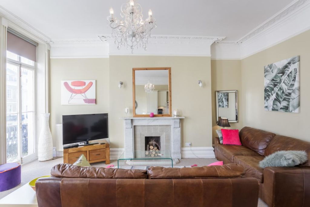image 3 furnished 2 bedroom Apartment for rent in Brighton - Hove, East Sussex