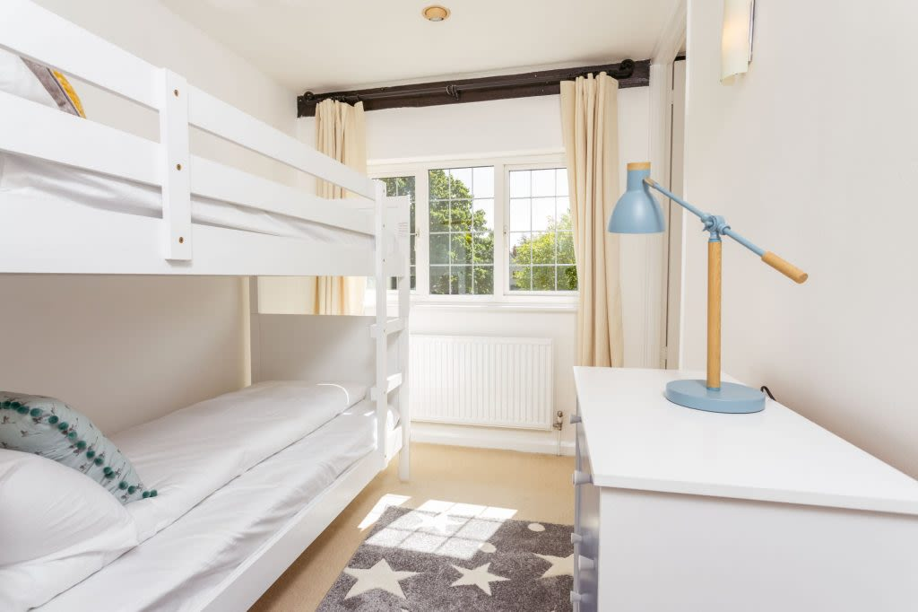 image 9 furnished 5 bedroom Apartment for rent in Cambridge, Cambridgeshire