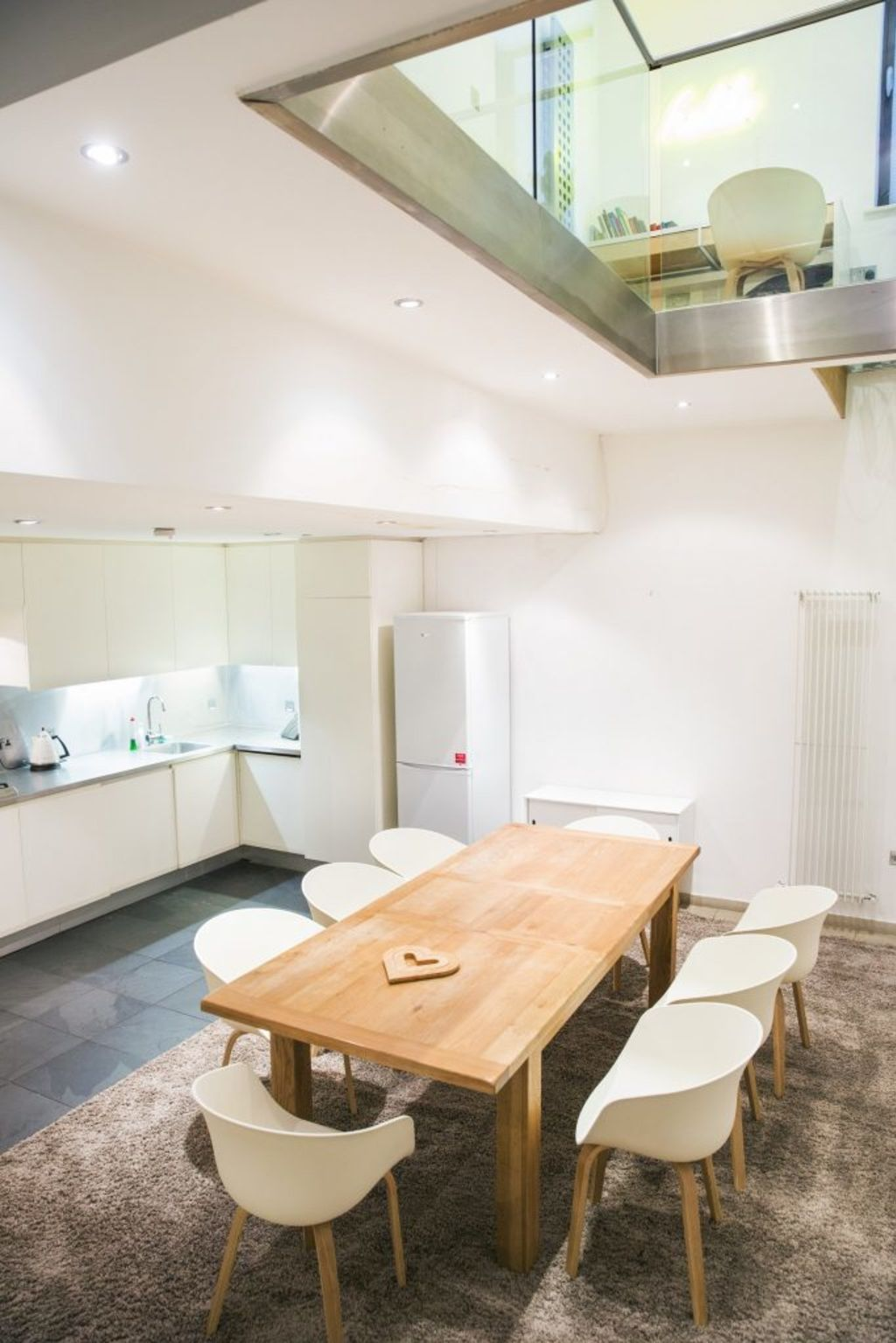 image 5 furnished 3 bedroom Apartment for rent in Covent Garden, City of Westminster