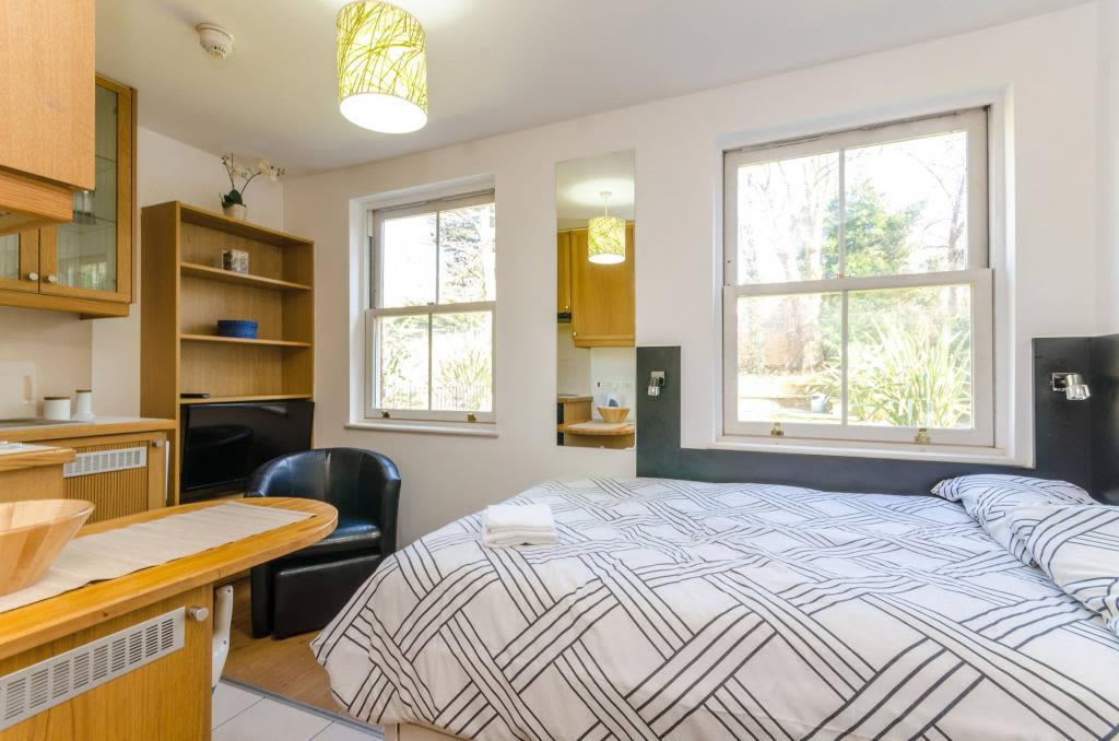 image 2 furnished 1 bedroom Apartment for rent in Golders Green, Barnet