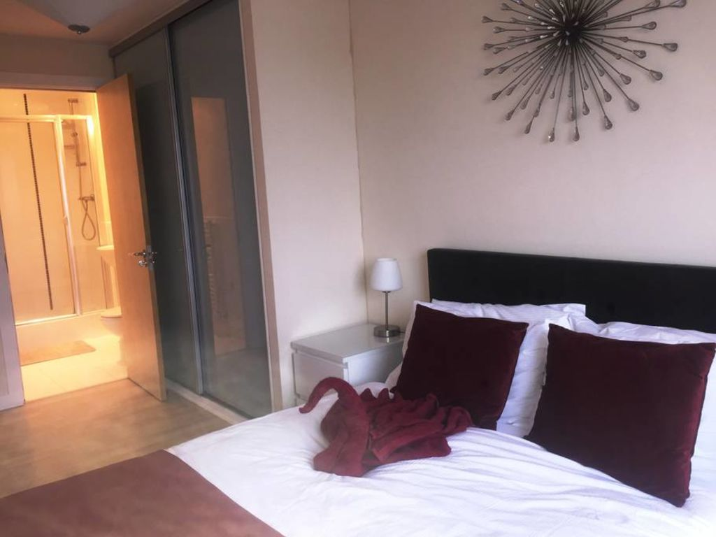 image 8 furnished 2 bedroom Apartment for rent in Basingstoke and Deane, Hampshire