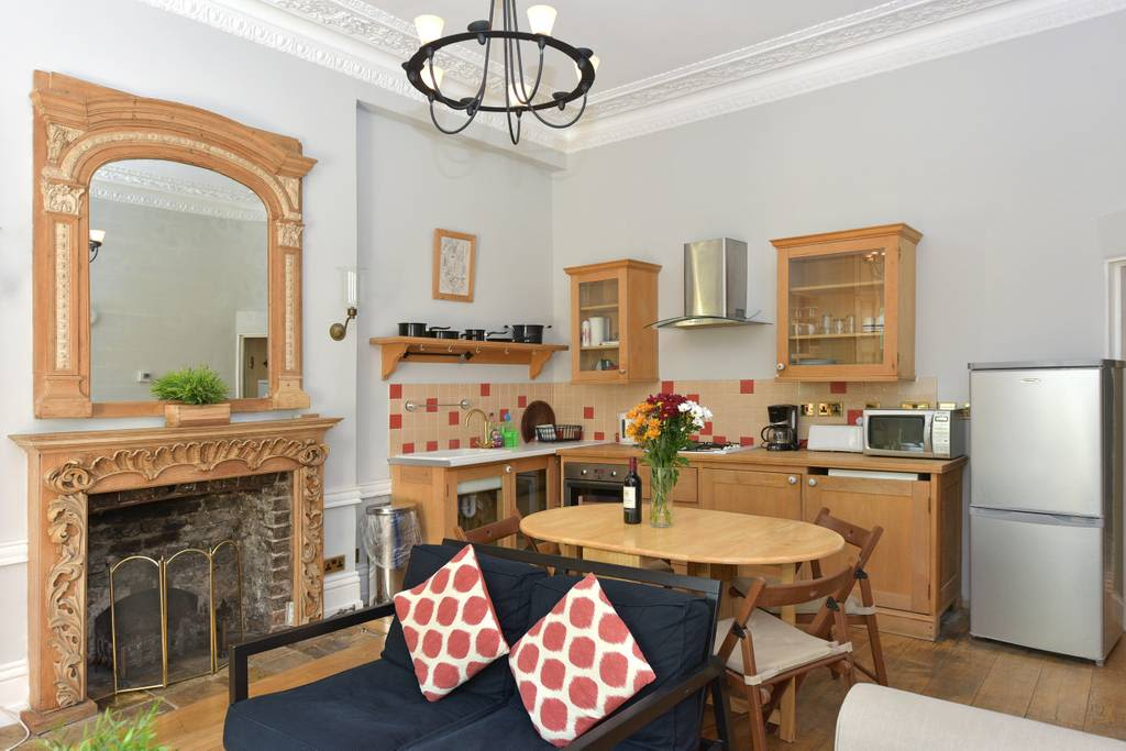 image 1 furnished 2 bedroom Apartment for rent in Bayswater, City of Westminster