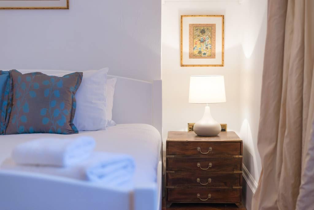image 10 furnished 1 bedroom Apartment for rent in Kensington, Kensington Chelsea