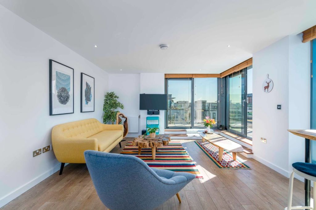 image 2 furnished 1 bedroom Apartment for rent in Tottenham Hale, Haringey