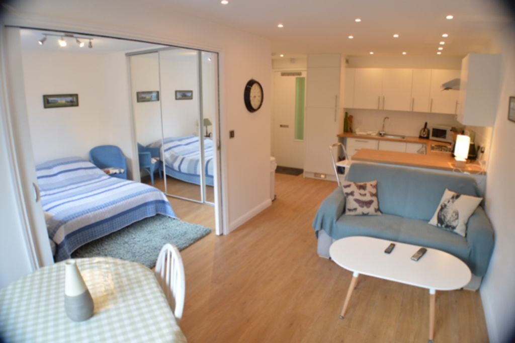 image 2 furnished 1 bedroom Apartment for rent in Cambridge, Cambridgeshire