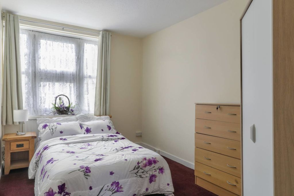 image 10 furnished 1 bedroom Apartment for rent in Stoke Newington, Hackney