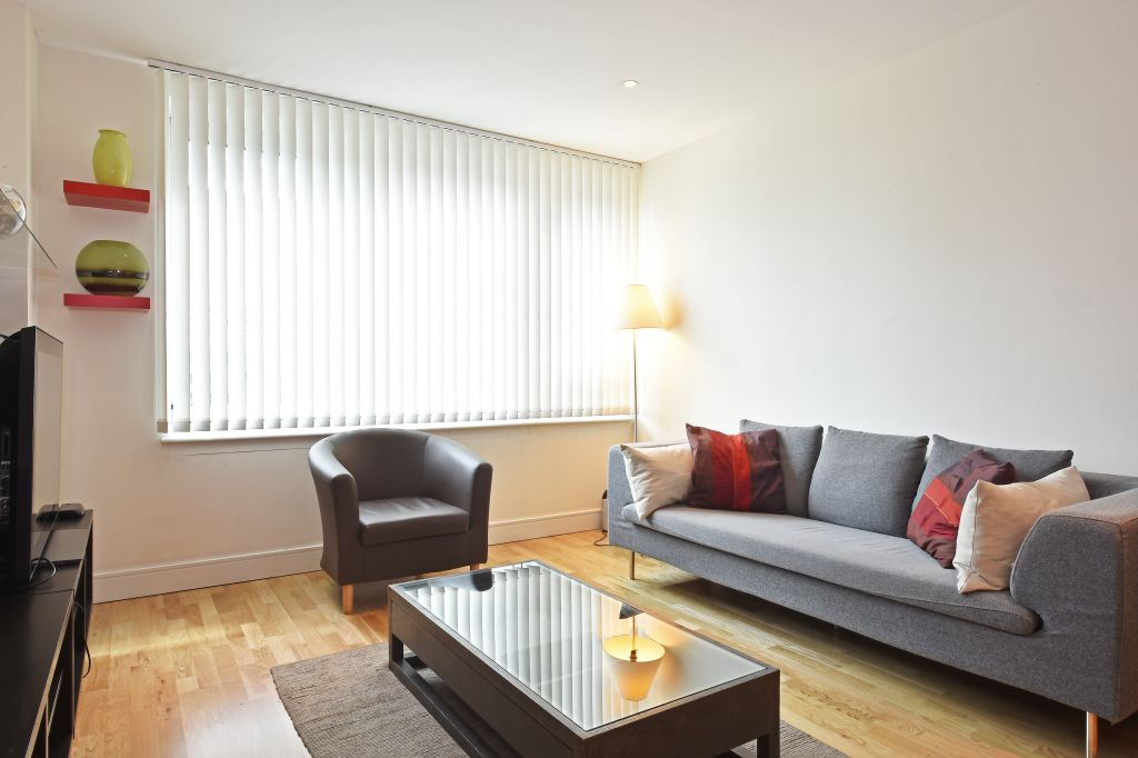 image 9 furnished 2 bedroom Apartment for rent in Lambeth, Lambeth