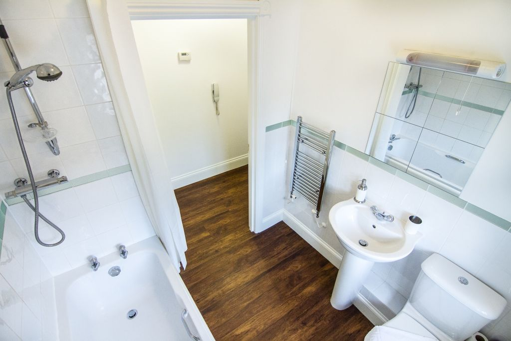 image 6 furnished 1 bedroom Apartment for rent in Upton, Bexley