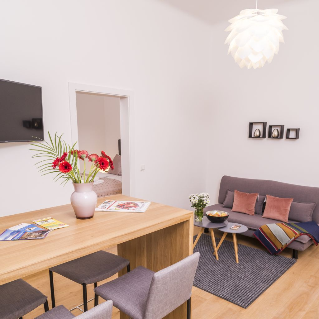 image 1 furnished 1 bedroom Apartment for rent in Mariahilf, Vienna