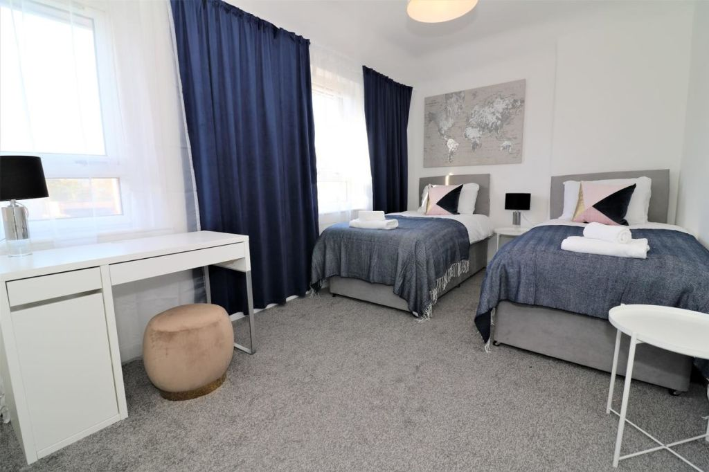 image 6 furnished 2 bedroom Apartment for rent in Renfrewshire, Scotland