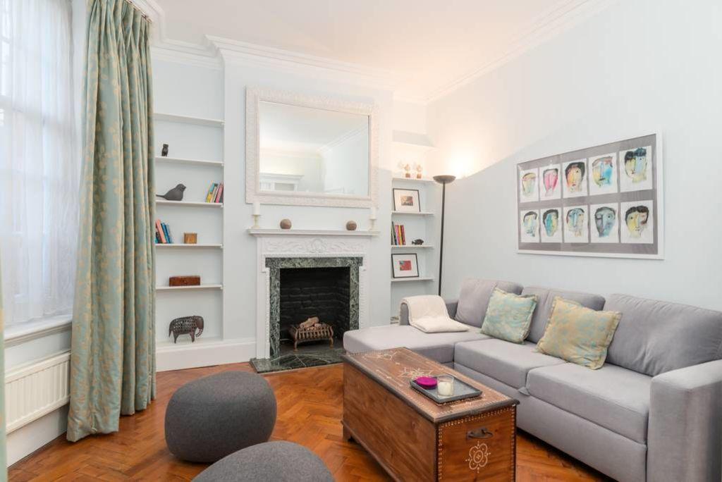 image 1 furnished 1 bedroom Apartment for rent in Kensington, Kensington Chelsea