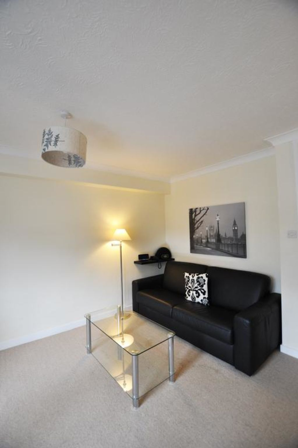 image 4 furnished 1 bedroom Apartment for rent in Portsoken, City of London
