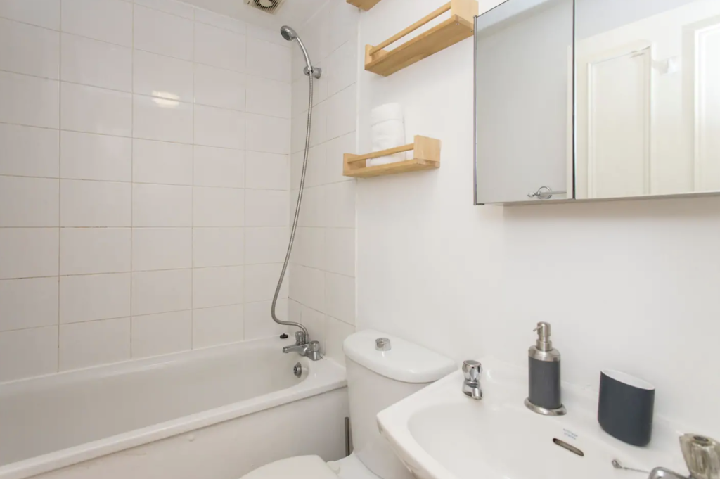 image 9 furnished 1 bedroom Apartment for rent in Canonbury, Islington