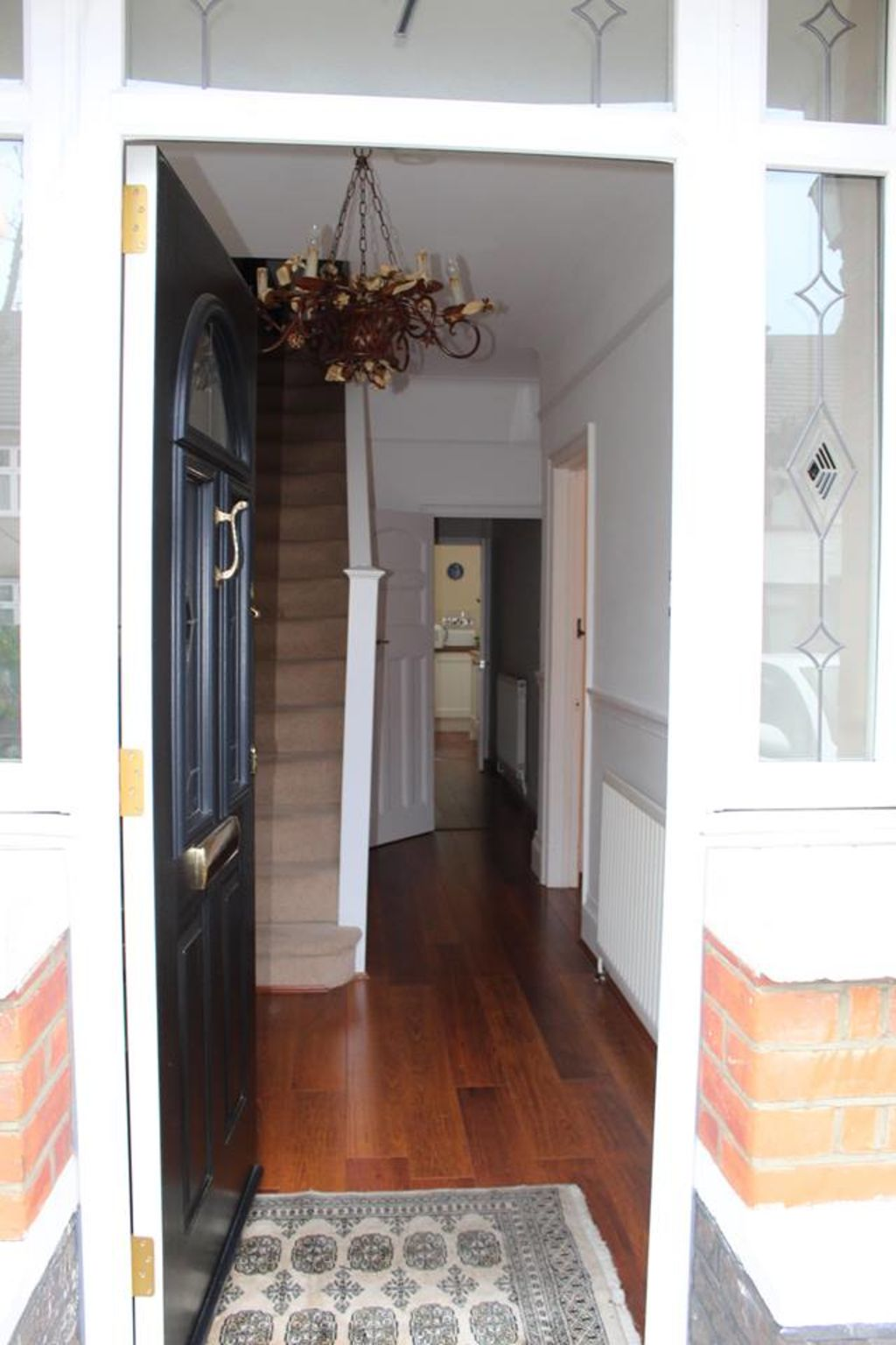 image 3 furnished 2 bedroom Apartment for rent in Croydon, Croydon