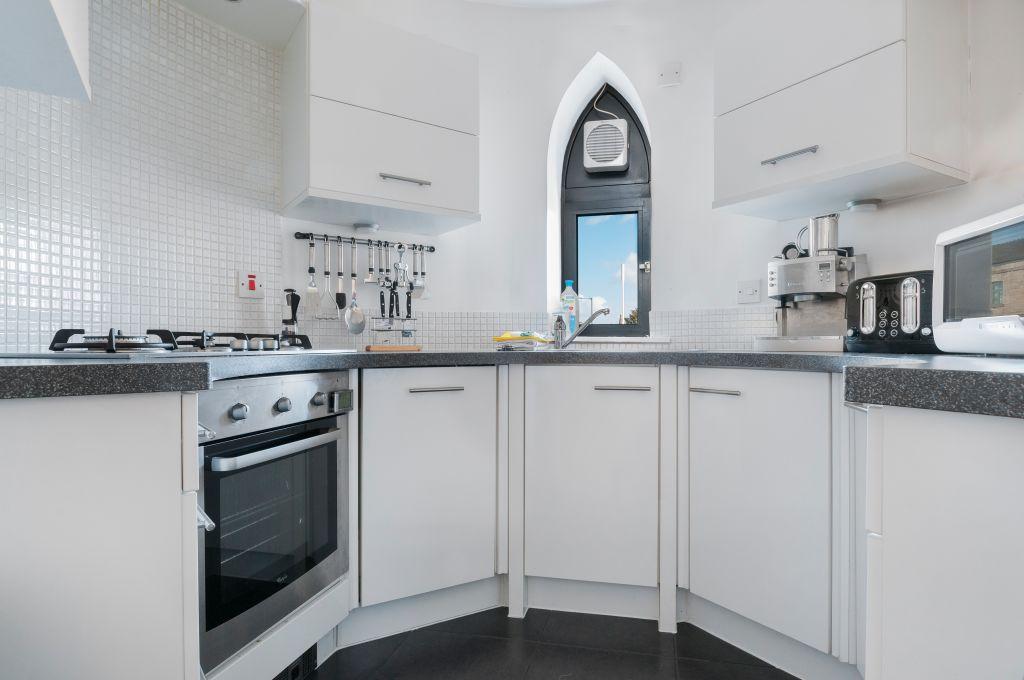 image 4 furnished 2 bedroom Apartment for rent in Edinburgh, Scotland