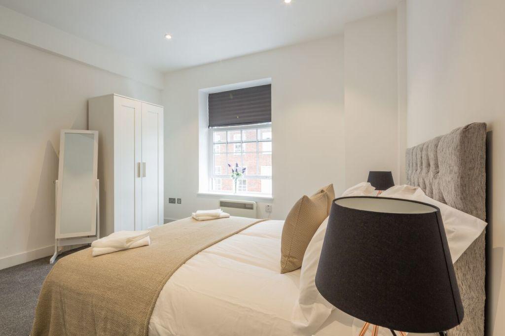image 2 furnished 2 bedroom Apartment for rent in Welwyn Hatfield, Hertfordshire