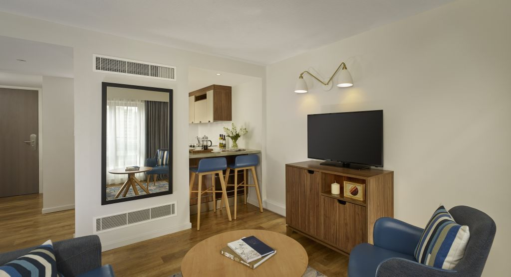 image 1 furnished 1 bedroom Apartment for rent in Shoreditch, Tower Hamlets