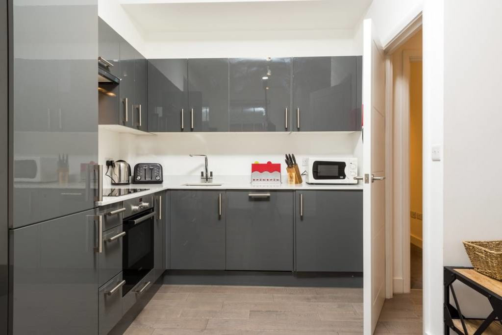 image 5 furnished 1 bedroom Apartment for rent in West Hampstead, Camden