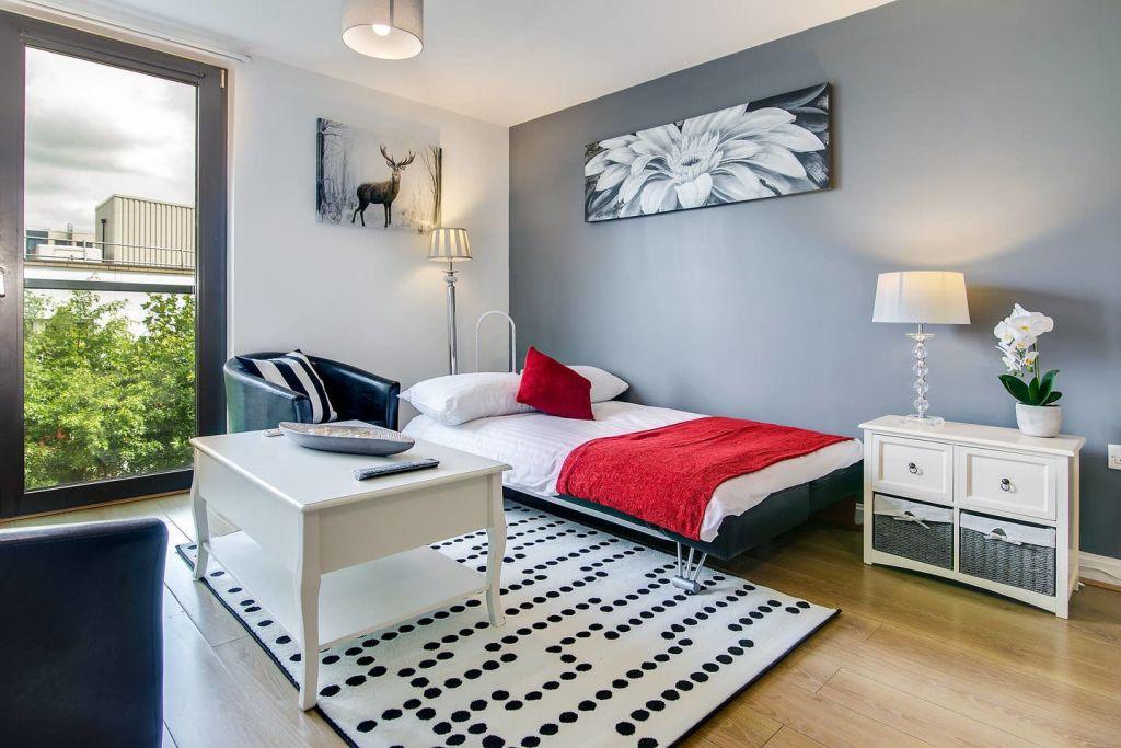 image 2 furnished 2 bedroom Apartment for rent in Edgbaston, Birmingham