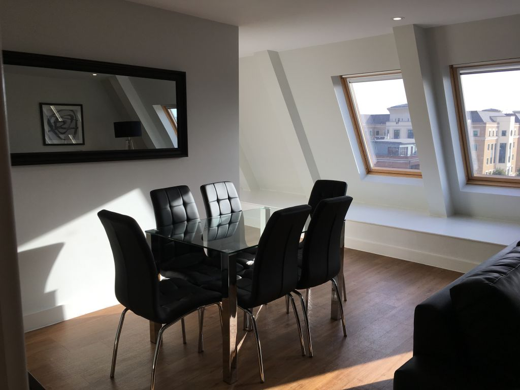 image 6 furnished 3 bedroom Apartment for rent in South Wimbledon, Merton