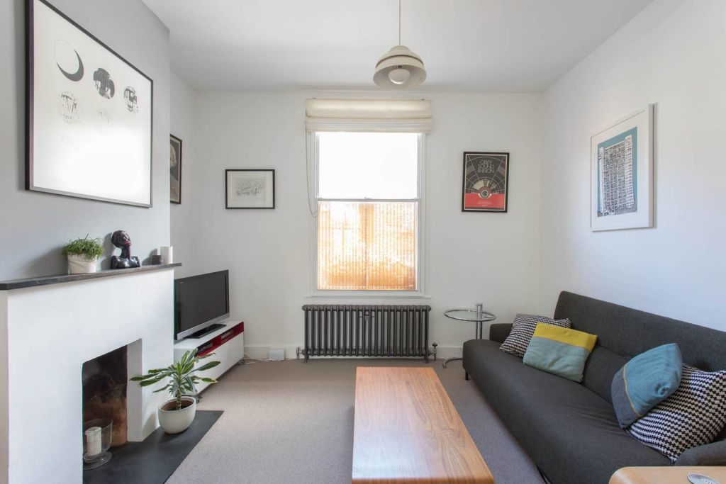 image 1 furnished 3 bedroom Apartment for rent in Bow, Tower Hamlets