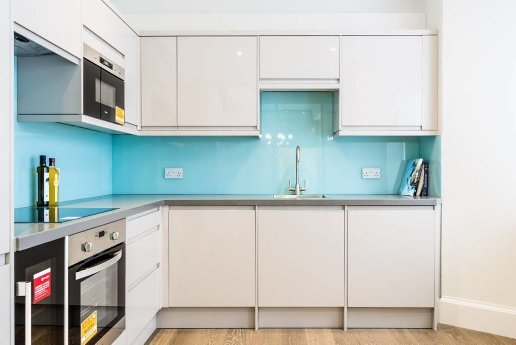 image 8 furnished 3 bedroom Apartment for rent in Belgravia, City of Westminster