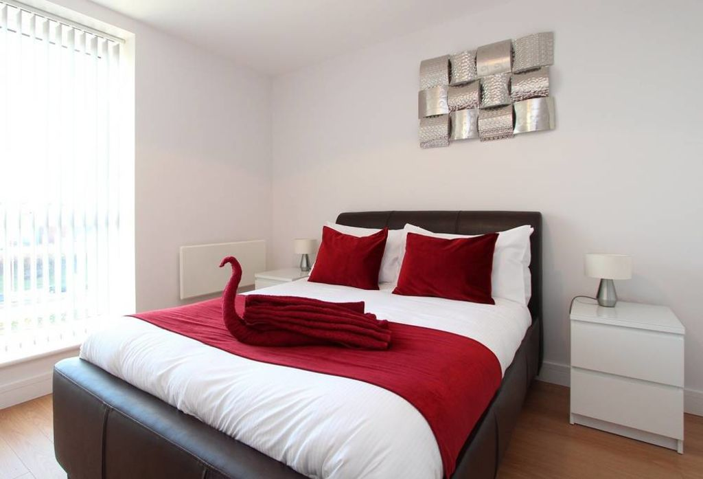 image 5 furnished 2 bedroom Apartment for rent in Basingstoke and Deane, Hampshire