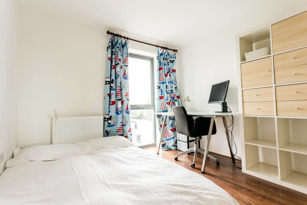 image 8 furnished 3 bedroom Apartment for rent in Cambridge, Cambridgeshire