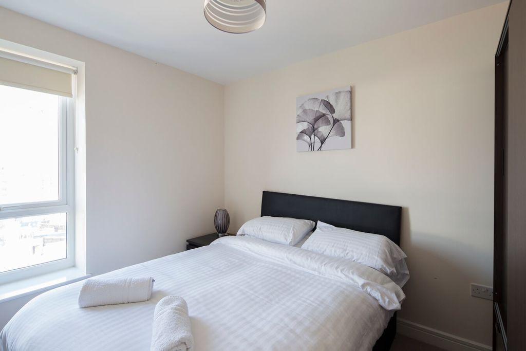 image 8 furnished 2 bedroom Apartment for rent in Medway, Kent