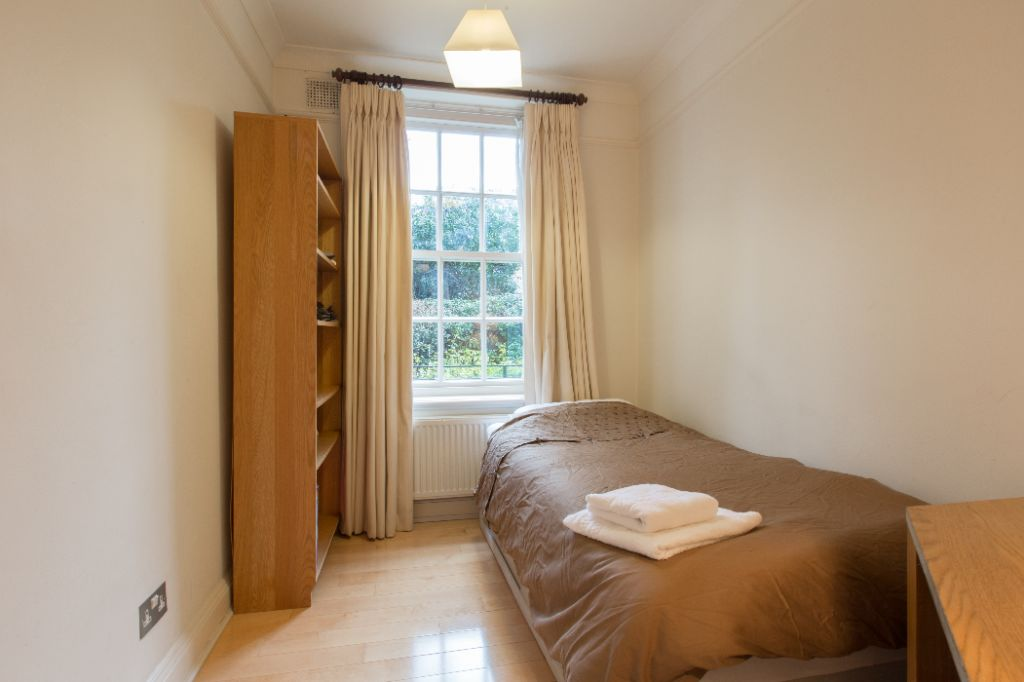 image 10 furnished 2 bedroom Apartment for rent in Kensington, Kensington Chelsea