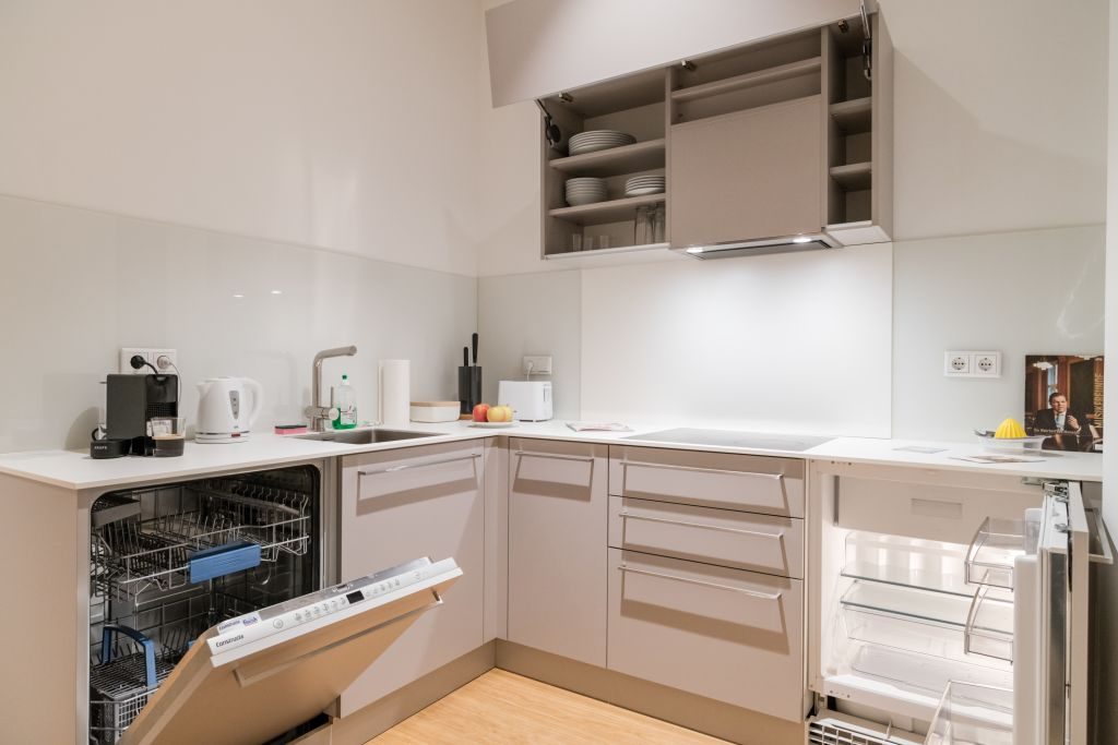 image 9 furnished 1 bedroom Apartment for rent in Mariahilf, Vienna
