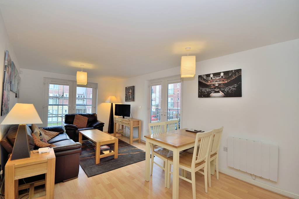 image 4 furnished 2 bedroom Apartment for rent in Chester, Cheshire