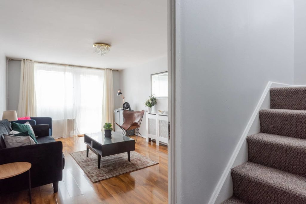 image 9 furnished 2 bedroom Apartment for rent in St Giles, Camden