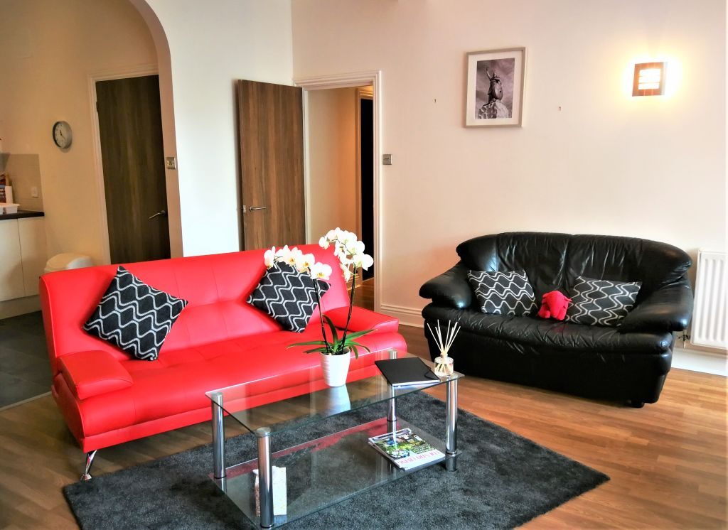 image 8 furnished 2 bedroom Apartment for rent in Winchester, Hampshire