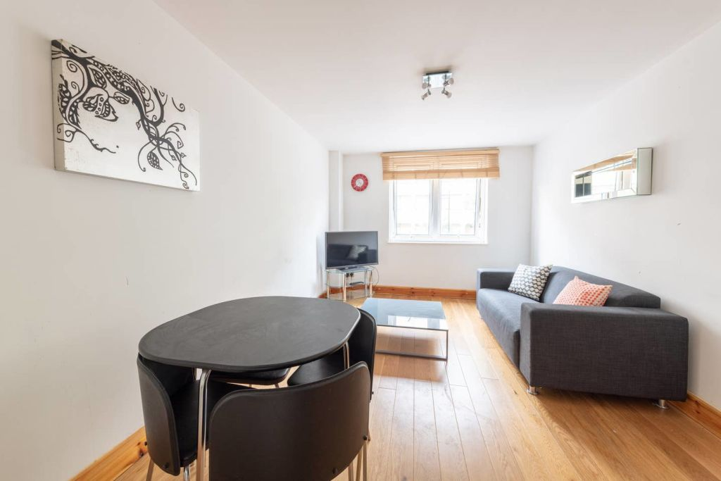image 4 furnished 1 bedroom Apartment for rent in Whitechapel, Tower Hamlets