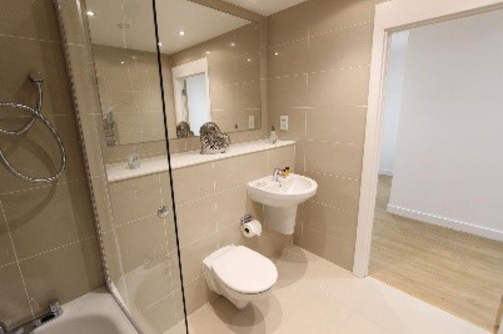 image 5 furnished 2 bedroom Apartment for rent in Bracknell Forest, Berkshire