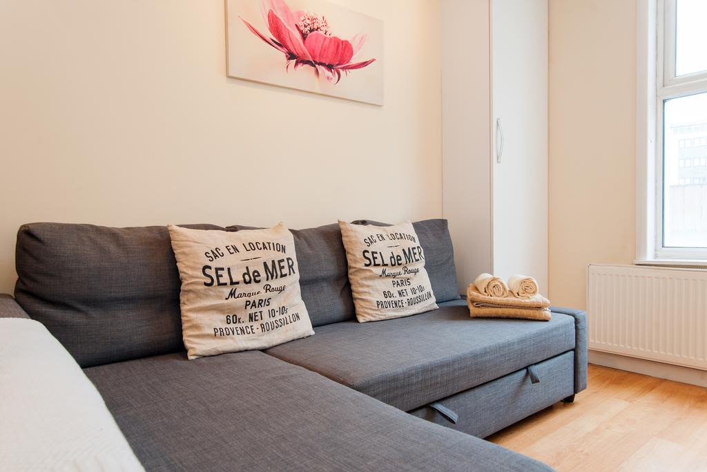 image 3 furnished 1 bedroom Apartment for rent in Finsbury, Islington