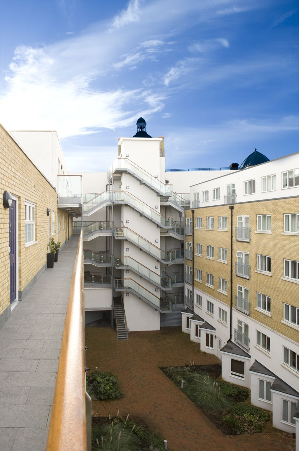 image 2 furnished 2 bedroom Apartment for rent in Whitechapel, Tower Hamlets