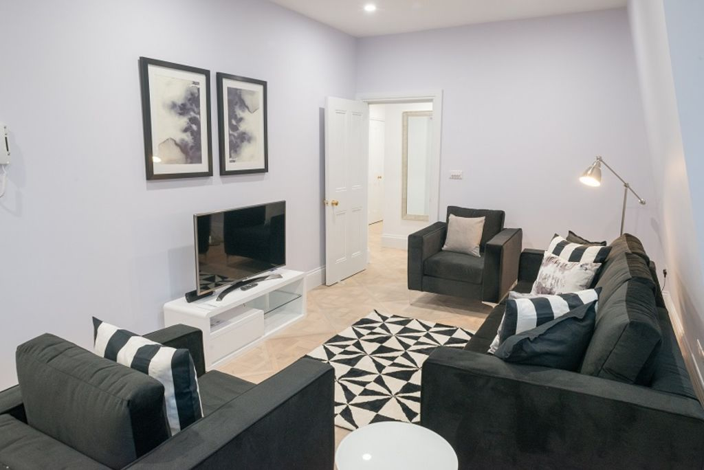 image 2 furnished 3 bedroom Apartment for rent in Westminster, City of Westminster