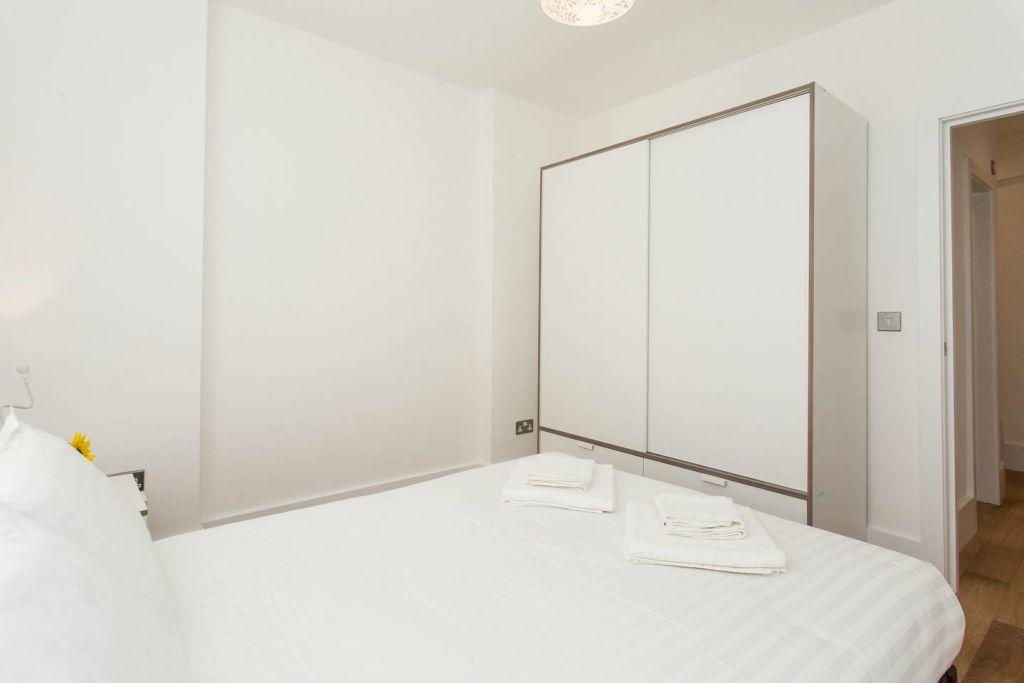 image 8 furnished 2 bedroom Apartment for rent in Lewisham, Lewisham