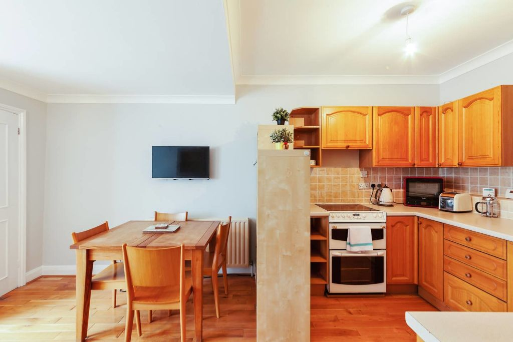 image 8 furnished 2 bedroom Apartment for rent in Westminster, City of Westminster