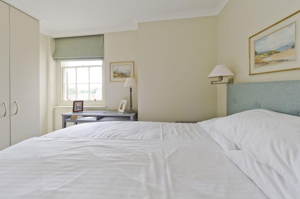 image 9 furnished 1 bedroom Apartment for rent in Chelsea, Kensington Chelsea