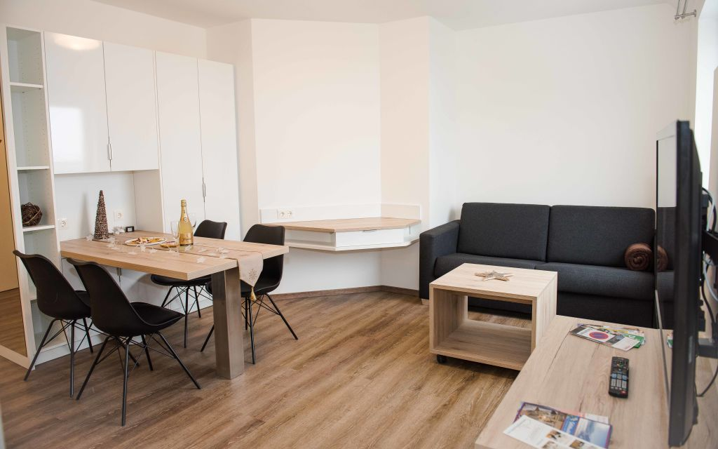 image 2 furnished 1 bedroom Apartment for rent in Hietzing, Vienna
