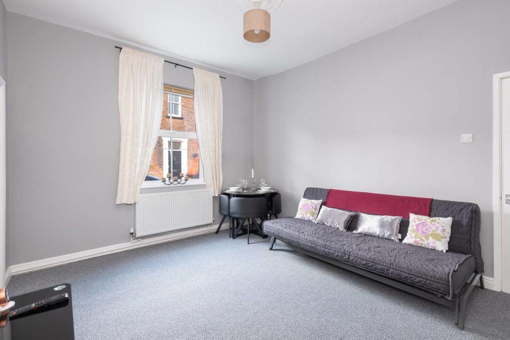 image 6 furnished 1 bedroom Apartment for rent in Leeds, West Yorkshire