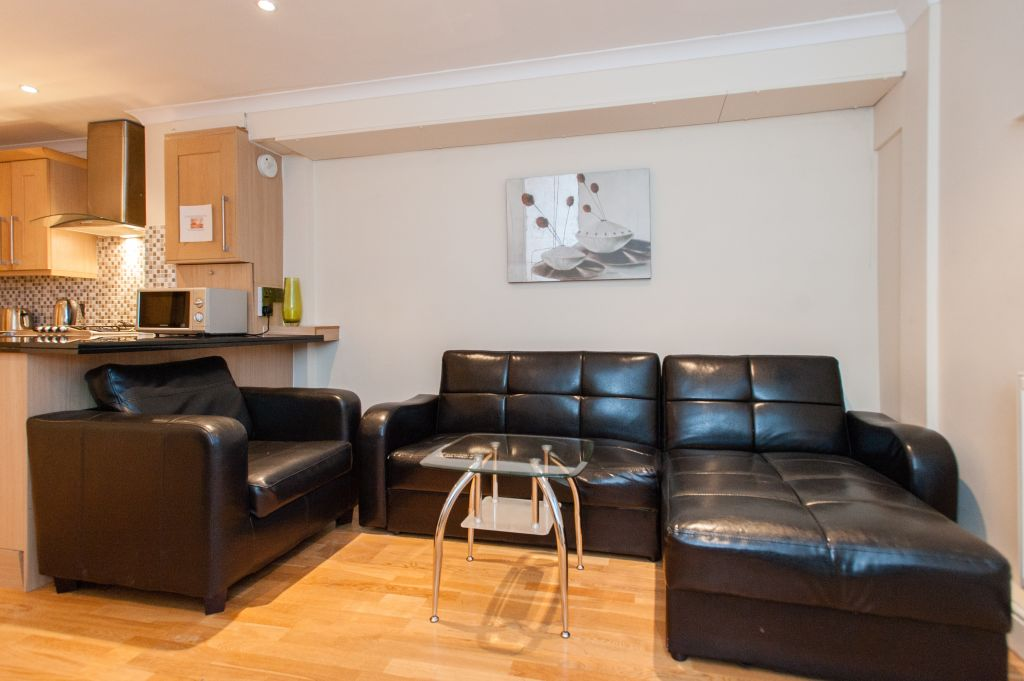 image 2 furnished 2 bedroom Apartment for rent in Newington, Southwark